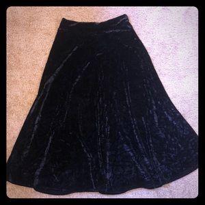 Boohoo velvet skirt